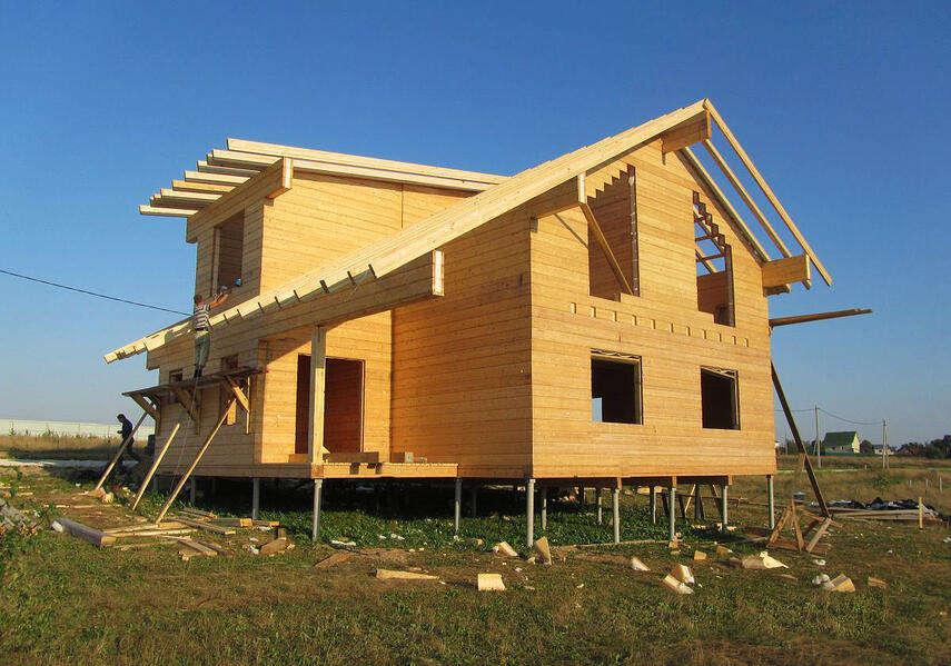Каркасный дом на винтовых сваях — конструкция и технология строительства фундамента