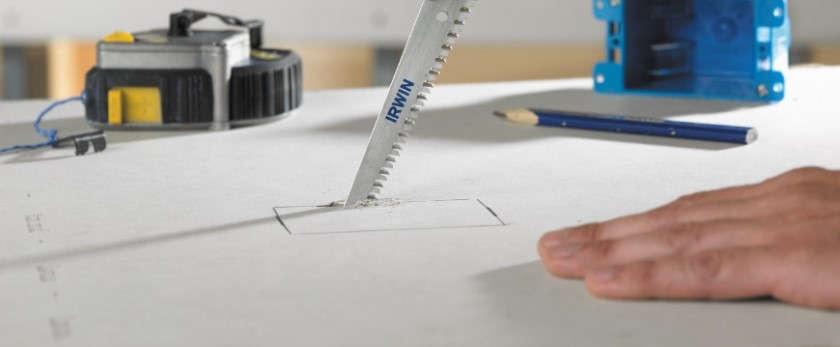 Чем и как резать ГВЛ в домашних условиях