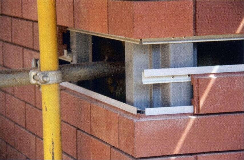 Вентилируемый фасад под кирпич - как сделать монтаж, инструкция, советы каменщиков