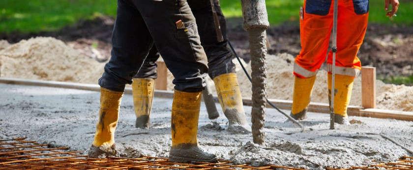 Как правильно заливать бетон своими руками