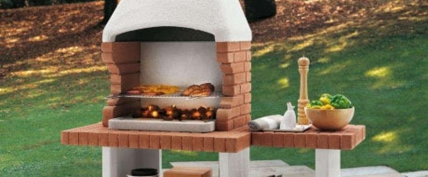 Какой должна быть садовая кирпичная печь-барбекю: её место в саду и оптимальная компоновка