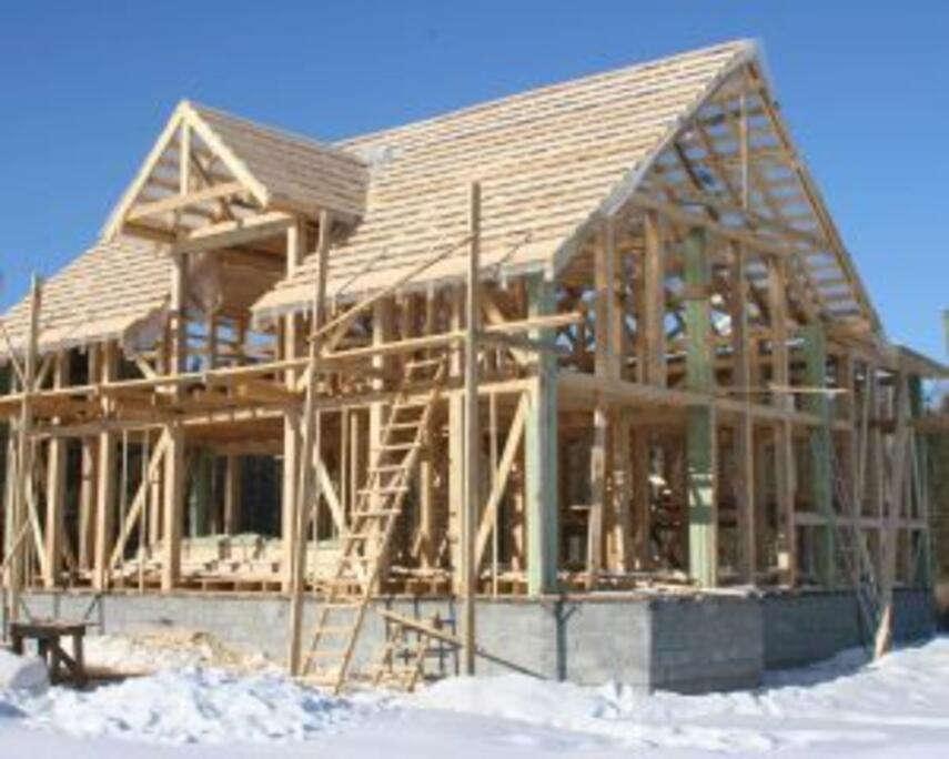 Устройство каркасного дома от нижней обвязки до утепления крыши. Особенности и советы