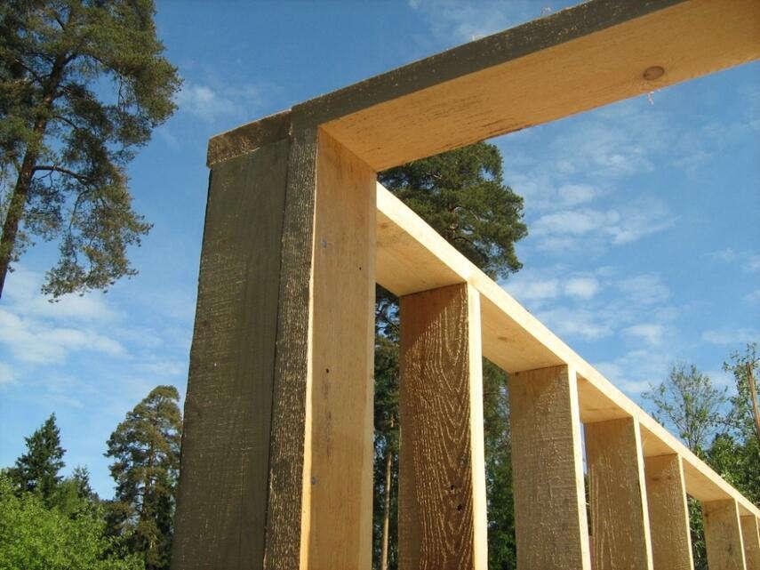 Нижняя и верхняя обвязка каркасного дома — гарантия прочности всей конструкции