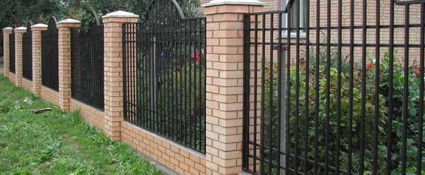 Как сделать сварной забор для дачи своими руками?
