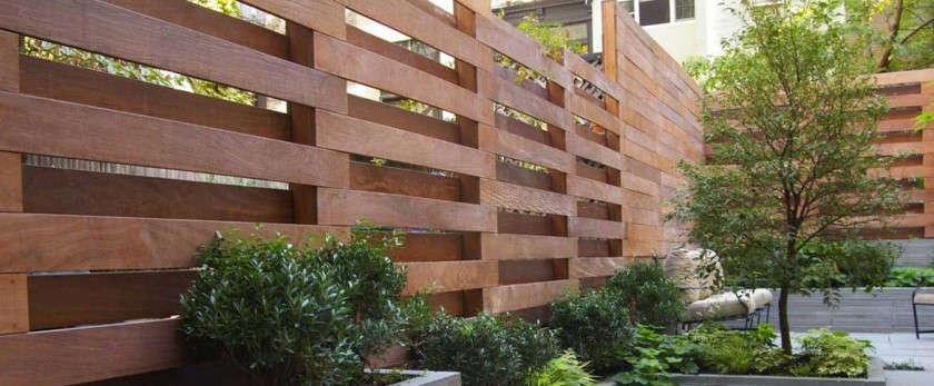 Красивые заборы из дерева