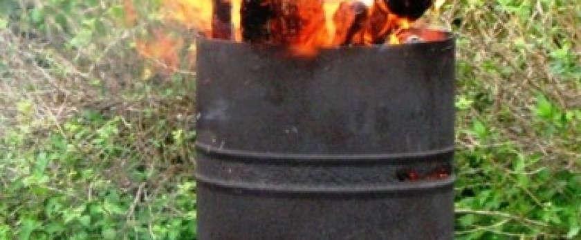 Уничтожение отходов без расходов: как сделать печь для мусора на даче