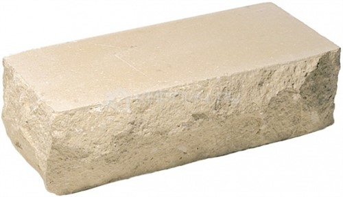 Кирпич одинарный М-250 слоновая кость рустированный угол