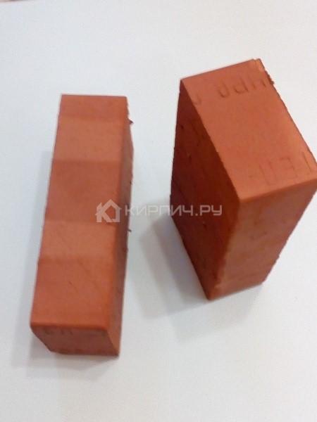 Кирпич строительный полнотелый одинарный М-200 гладкий Смоленский КЗ
